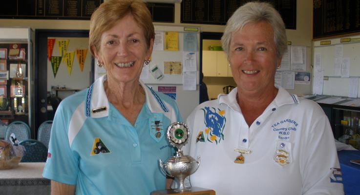 President of Karuah Women's Bowling Club, Robyn Latimore and Tea Gardens Women's Bowling Club President, Sandra Leisman