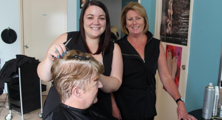 Hairdinkum Style Merrodie Cooper and Tammy Read