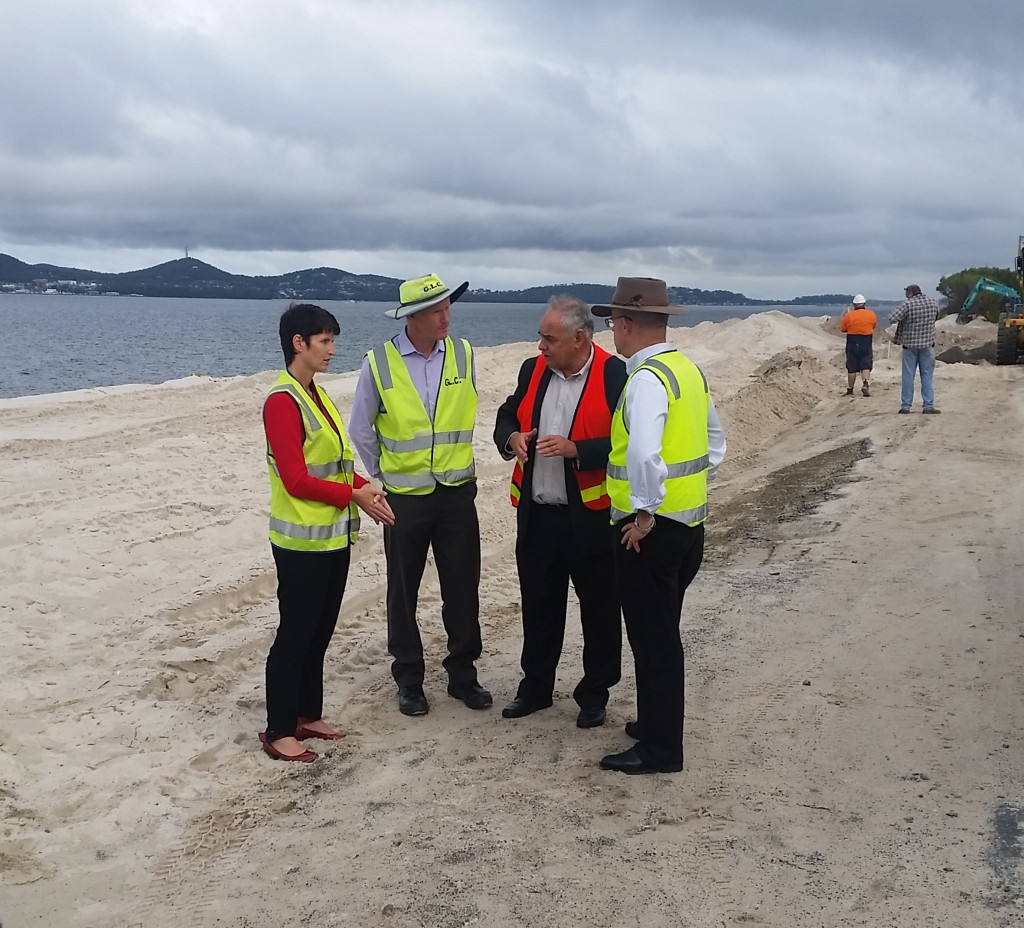 Kate Washington MP, Robert Fish, Cr Len Roberts and Brigadier Naumann at reconstruction  of The Boulevarde at Jimmys Beach.