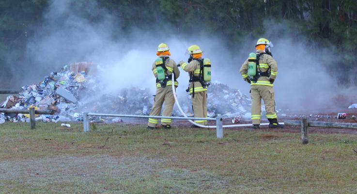 Truck at Tea Gardens caught fire