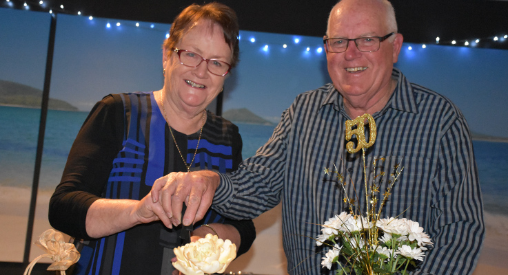Daphne and Tim Motum celebrate their special day.
