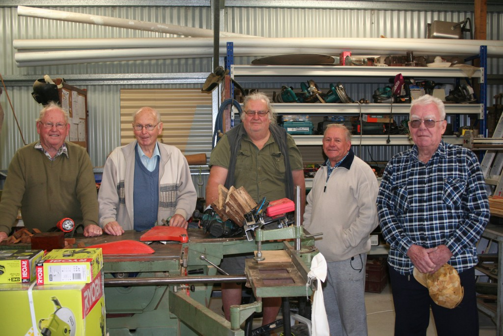 The Bulahdelah Men's Shed consists of John Renfrew, Max Burrows, Neville Wing, Peter Millen and visiting Brian Durrant from Hunter Zone.