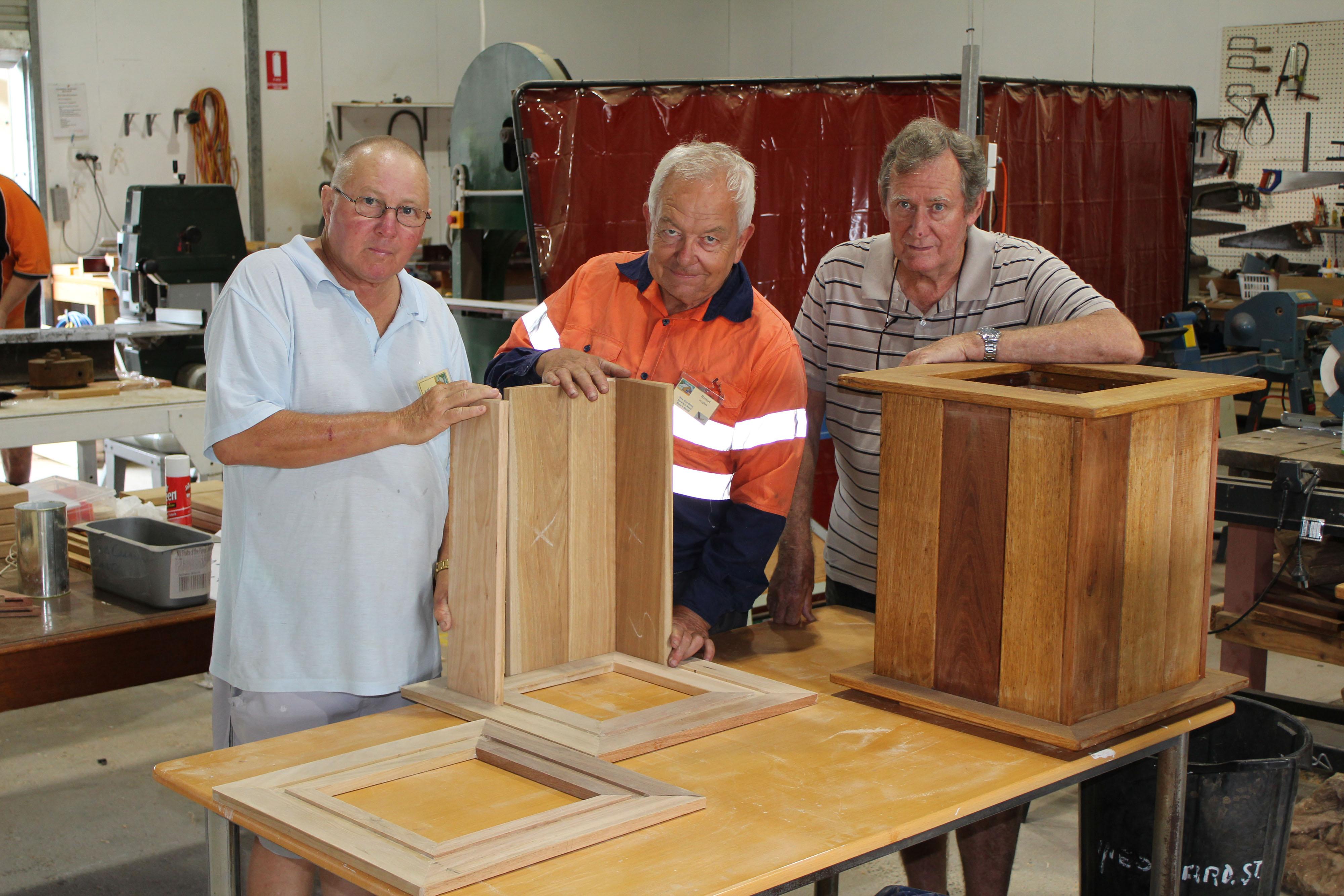 E Left to right John Sells, Rob Hughes, Noel Pitfield