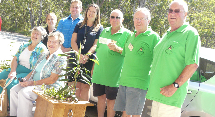 Back row: Amy Rodgers [Kelly's Bakehouse]; John Rumble [Hawks Nest First National]; Julie Hammond [Holiday Coast Credit Union]; Men's Shed members John Sells, Colin Ayers and Grant Hickey. Front row Leigh Allen [Progress Ass]; Norma Glenn [U3A].