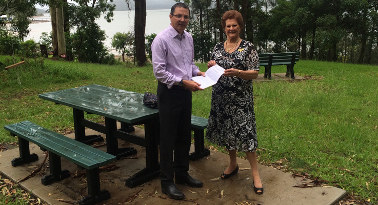Scot MacDonald MLC Parliamentary Secretary for the Hunter & Central Coast with Mayor of Great Lakes Jan McWilliams.