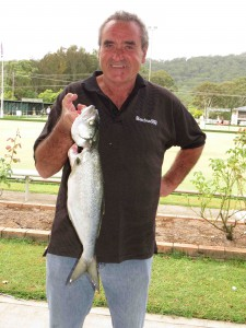 Winner of the largestfish Paul Shultz with his 3.5kg Jewfish.