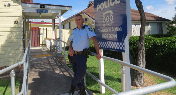 New StationRob Area News Gardens Wylie Police The To – Tea Of Officer zGVMLqSUp