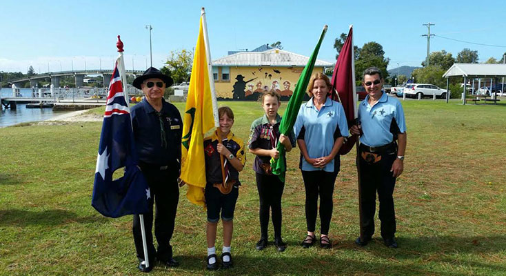 Manning District Scout Commissioner Stan Woodrow, Cub Scout Lily Denton, Scout Hollee Denton, Parent Helper Kim Denton and Deputy Chairperson Group Support Committee Peter Denton