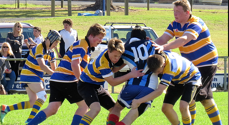 Bulahdelah Central School fight off the solid Gloucester defence.