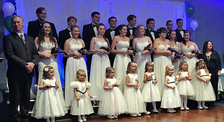 :Sarah Rooney, Tamara Gooch, Taylor Garemyn, Bonnie Hay, Shae Finch, Alarnie Hawkins, Bianca Mason and Keahne Hurtado with their partners, flower girls, special guest Mr Roger Horton and Matron of Honour Ms Wendy Parsons.