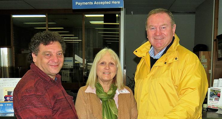 John Sahyoun, Pat Tate and Member for Myall Lakes Stephen Bromhead in Bulahdelah.