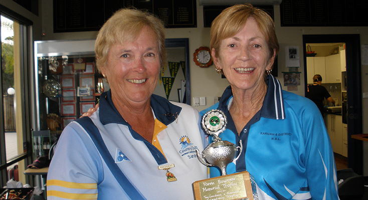 Presidents Sandra and Robyn with the Ruth Bowden Trophy.
