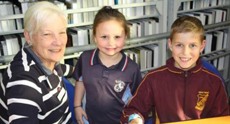 Homework Help Tutor, Lesley Guiney working with Shaneika Wright and Nash Bowen
