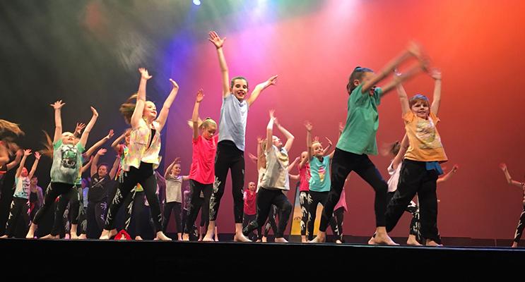 Students from Medowie Public School performing at Wakakirri 2016 Photos supplied by Medowie Public School
