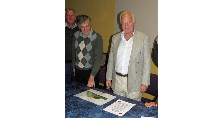 DEVELOPMENT: Peter Kampfner with George Eadie at Bulahdelah Golf Club.
