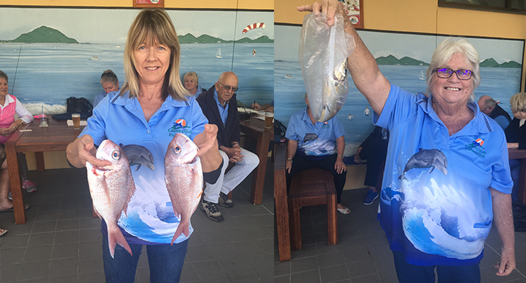 Cindy McTernan with good pan sized Snapper.(left) Wendy Johnson happy with her catch of the day.( right)