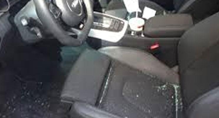 vandalised-car