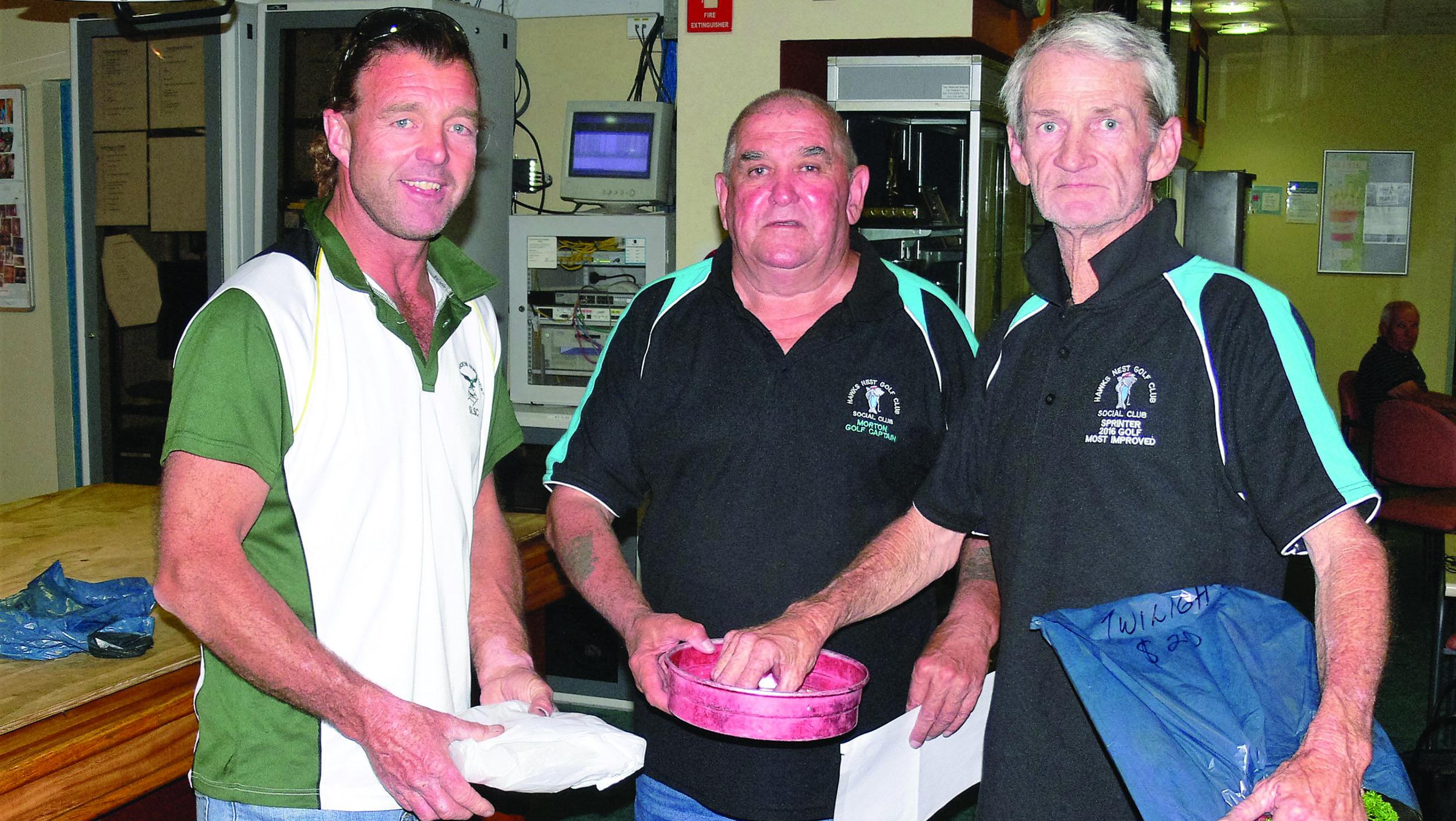 Steve Howell (Runner Up), Jim McDonald (President and Golf Captain), Glen Burgess(Winner)