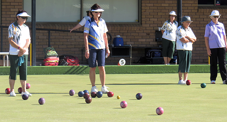 BOWLS: Queen of the Mountain tournament