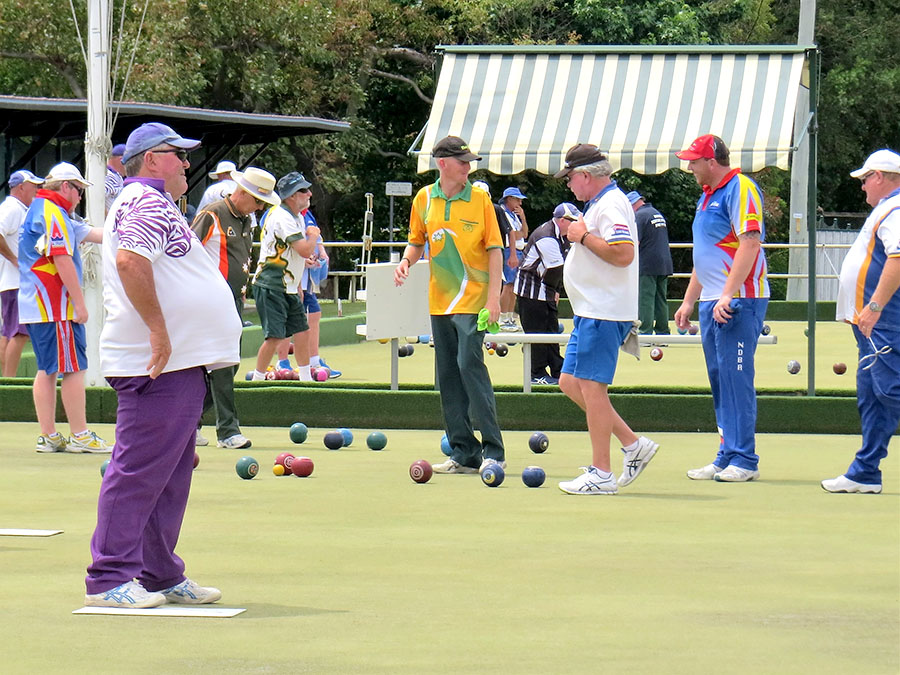 BOWLS: Competitors in the King of the Mountain tournament.