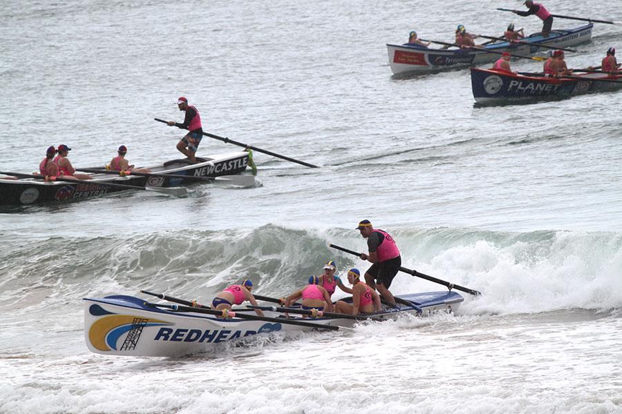 SURFBOAT CHALLENGE: Street Series.
