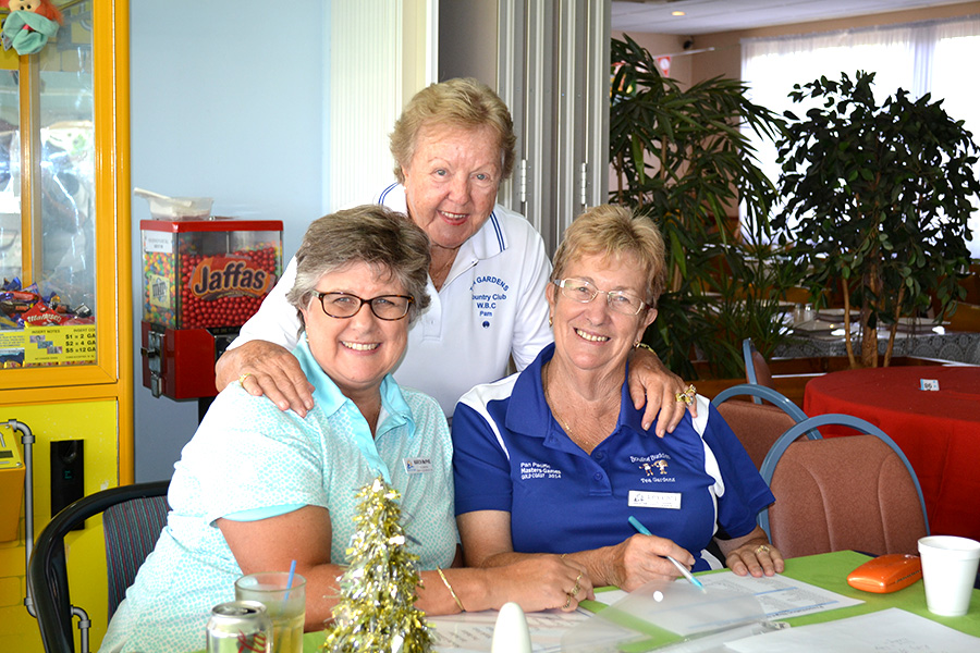 Women's Bowling Club Secretary Karen McPhie, Pam Gilchrist and Women's Bowling Club President Robyn Webster enjoying their visit to Dungog with the Sunday Bowlers.