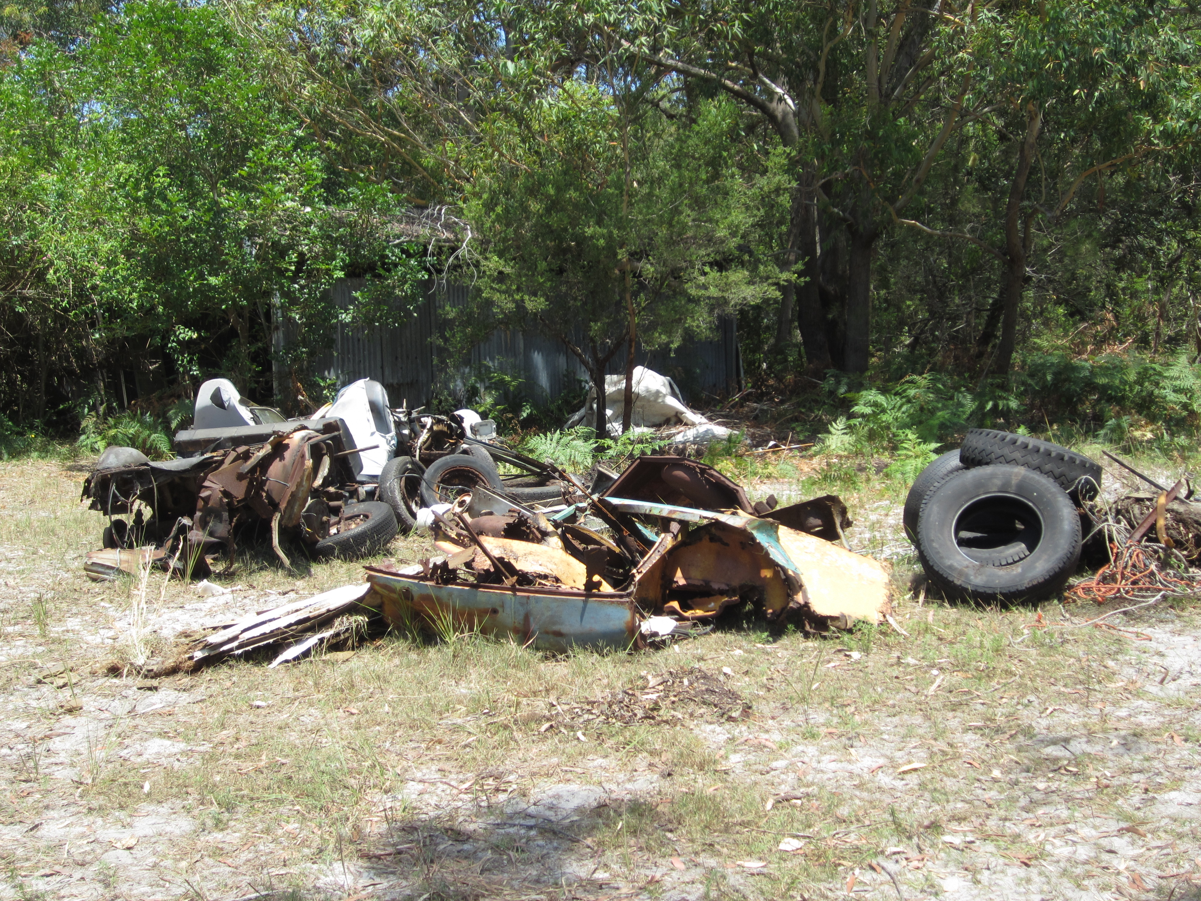 de4cd3c7933b Port Stephens Council has joined forces with Hunter Councils in a new  campaign to reduce the amount of illegal dumping in the region.