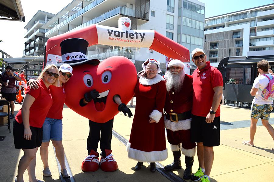 490b3214e89a Will the real Santa please stand up! Santa with Mrs Claus enjoying the  Variety Santa