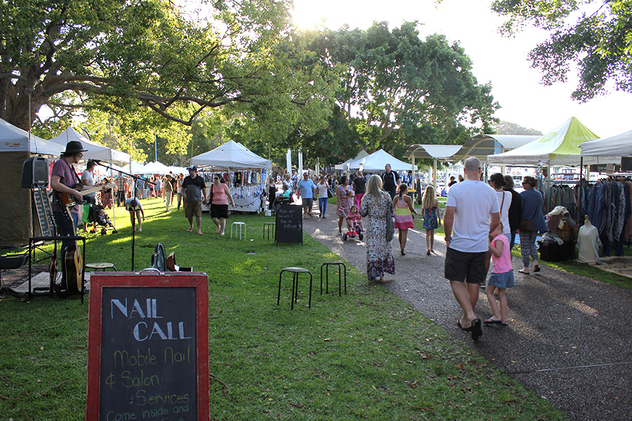 Sacred Tree Markets on the Nelson Bay Foreshore. Photo by: Jewell Drury