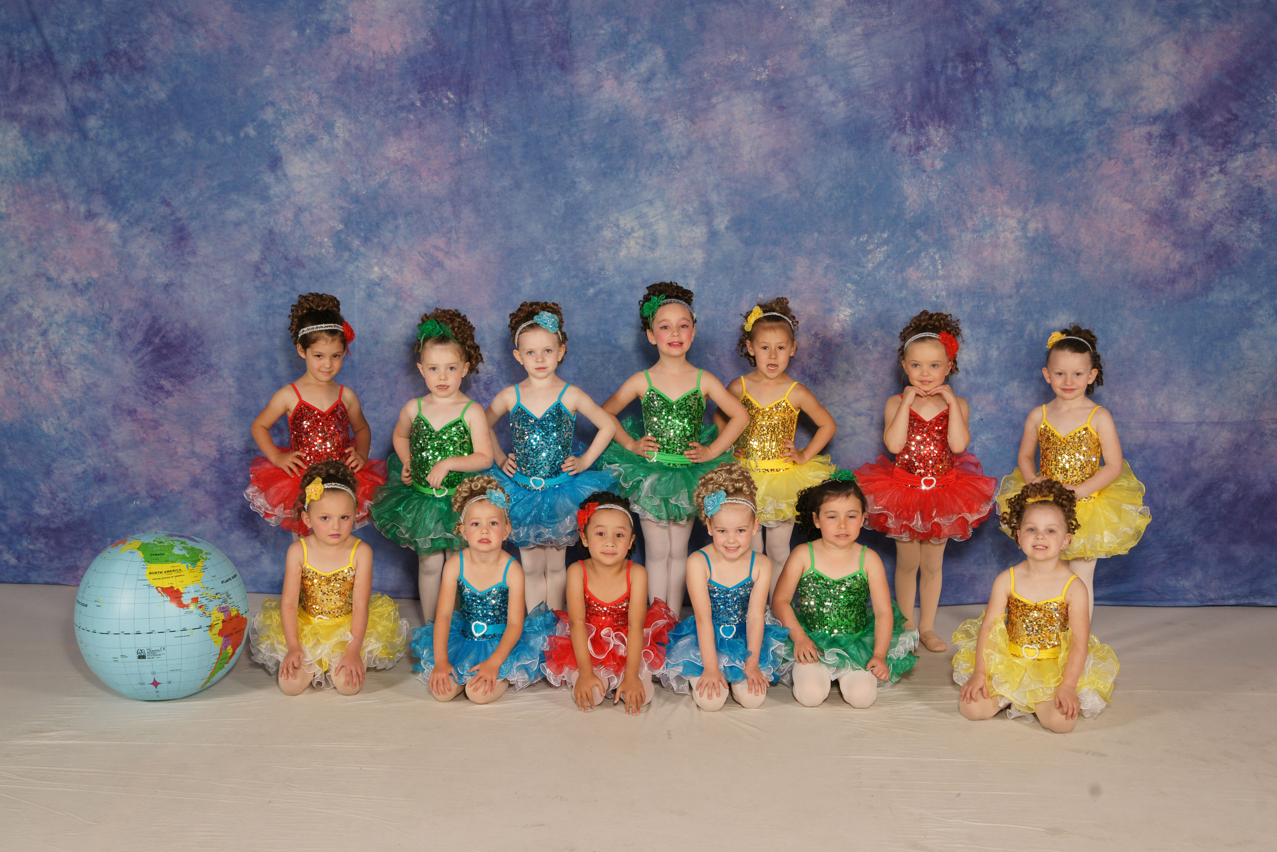 Tiny Dazzlers – It's a small world.