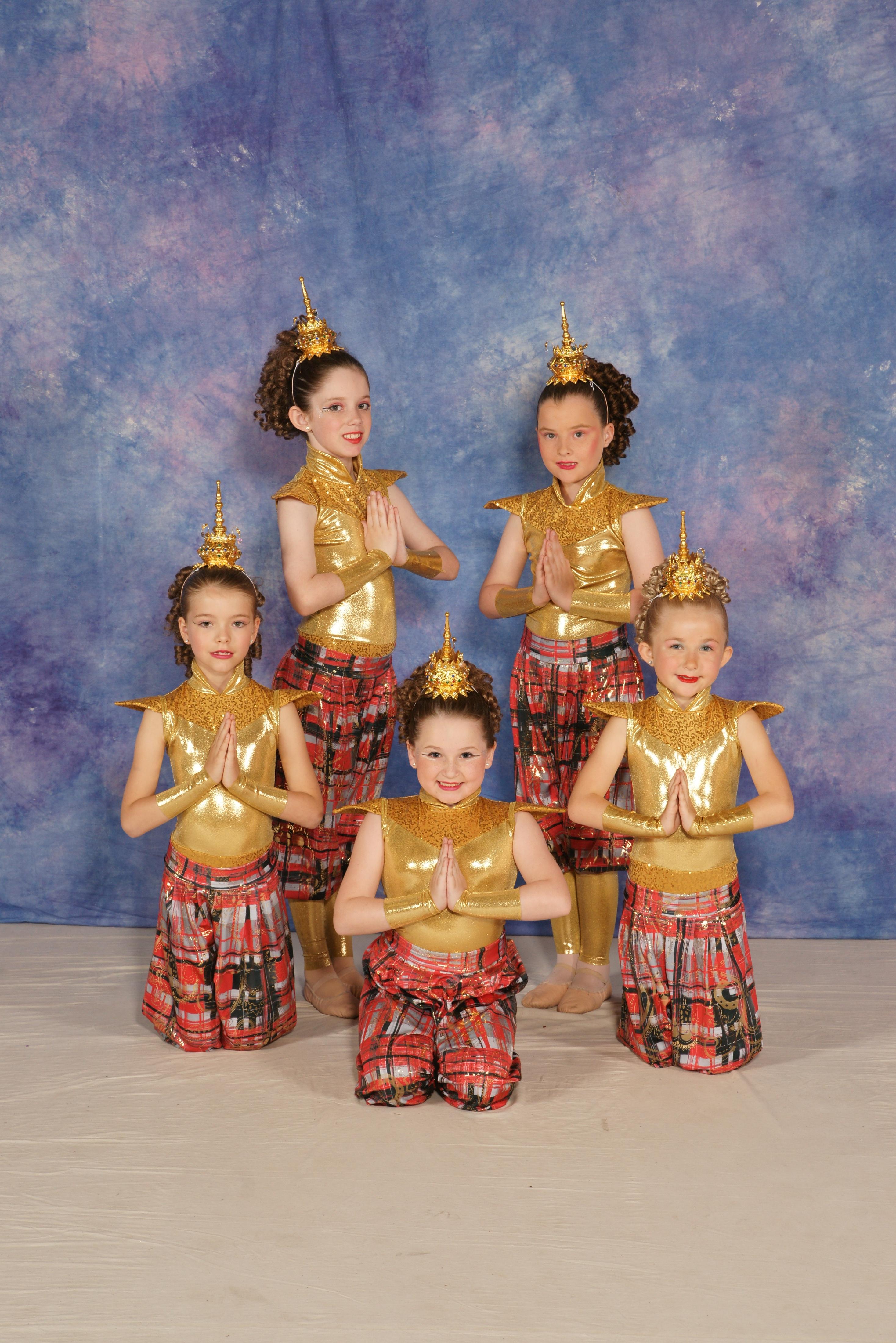 Pre Juniors – March of the Siamese children.