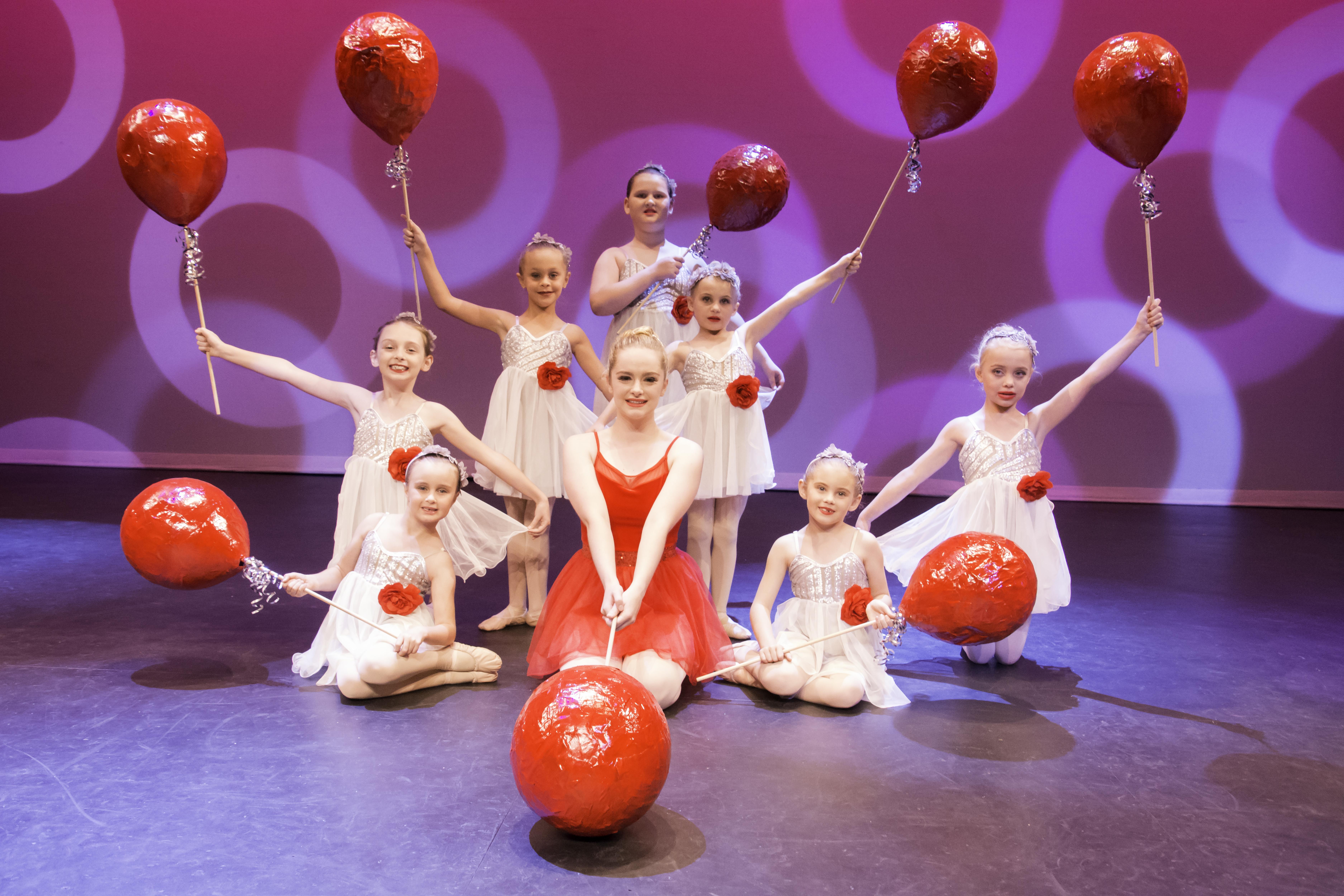 '99 Red Balloons' – Annabel Stuart, Emily Taaffe, Ella 0'Loughlin, Riley Brennan, Annabel Bisley, Addison Elbourne, Sarah O'Rourke and Chante Nieuwoudt
