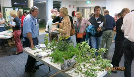 The 'Weed, Wine and Dine' nights provide participants with great information about the plants that may be present in their gardens and harmful to native bushland and animals.