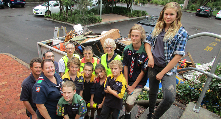Tidy Towns and Scouts Volunteers after a successful day of collecting rubbish for Clean Up Australia Day.