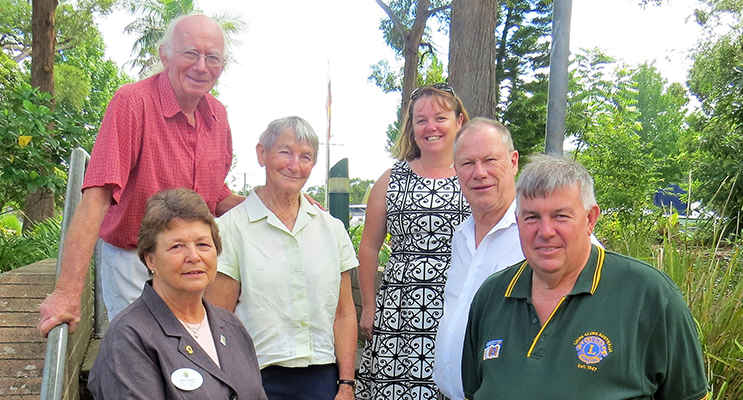 : Zone Chairperson Inga Kasch, Lions Les and Carol Tattersall, BCS Deputy Principal Deb Gilbert, Bulahdelah Lions Club President Roger Dixon and District Governor Glenn Byrnes.