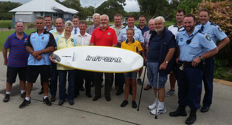 PRESENTATION CEREMONY: Police Charity Golf Day.