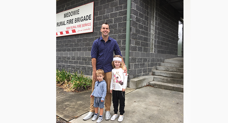 Ryan Palmer visited Medowie this week with his small children to look around and chat to residents.