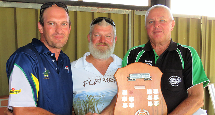 : Bulahdelah Fishing Club President Darren Carrall congratulated on the win by Grant Bidgood and Blue Water Fishing Club President David Schlenert.