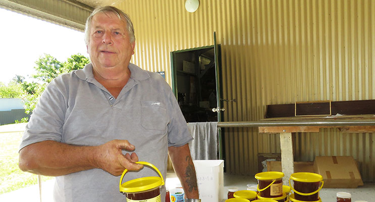 Great Lakes Food Trail: Gary Haynes with the locally produced honey at Bulahdelah Men's Shed.