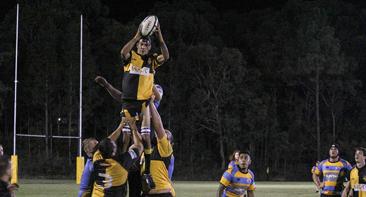 Medowie takes out another lineout. Photos by Danielle Underwood