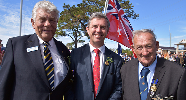 ANZAC DAY: RSL President Michael Farrar, David Gillespie MP, Ted Mowbray, OAM.