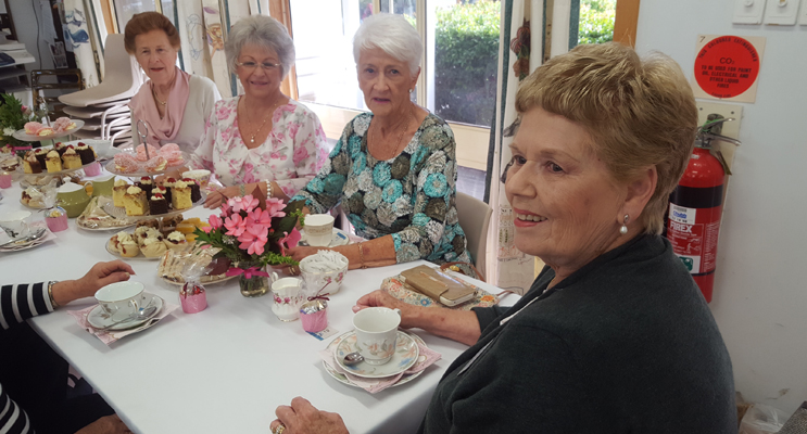 ART & CRAFT HIGH TEA: Fran Nichols, Di Taylor, Norma Seggie and Annette Naylor.