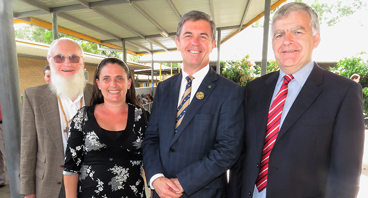 Federal Member for Lyne, Dr David Gillespie MP with Frank Horwill, Belinda Cunningham, and Don Hudson in Bulahdelah.