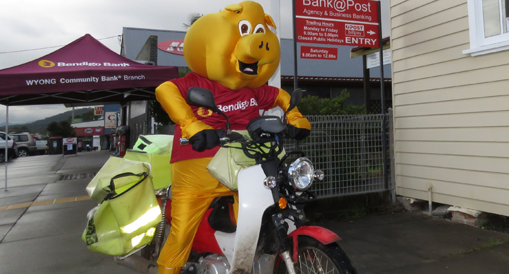 Bendigo Bank Mascot Piggy is all set to deliver the mail.