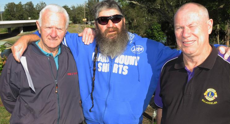 VRA President Kevin Johnston, Bulahdelah Hunting Club Treasurer Greg Russell and Lions President Roger Dixon.