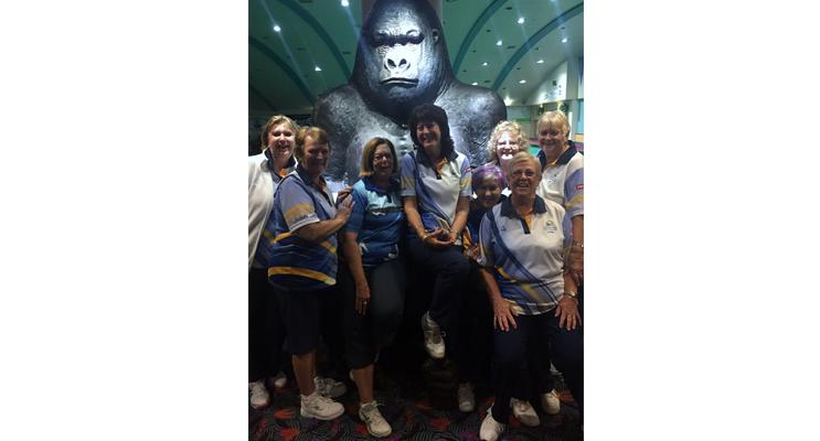 Warilla Bowling Club, Jan Kuzmic, Lorraine Harvey, Kayelene Pearson, Karen Green, Lynda Richards, Vicki Rankin, Lynne Green and Bev Rhodes.