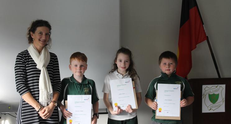 MiniLit PROGRAM: Mrs Cherie Edward, Toby, Tequarn and Mya.