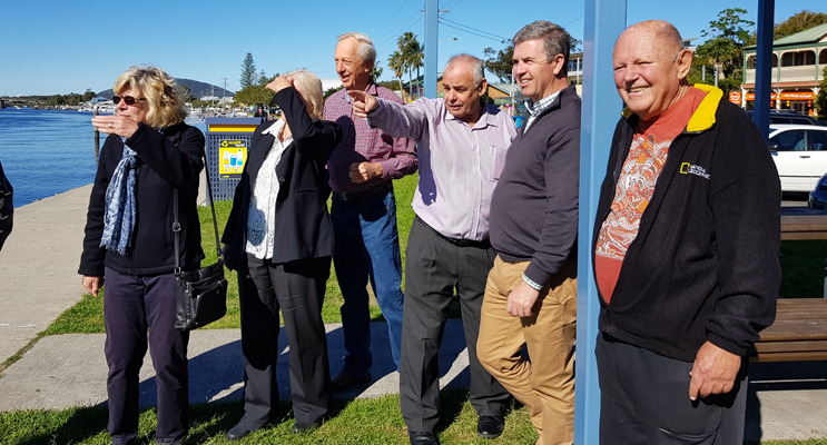 FORESHORE UPGRADE: Federal MP Dr David Gillespie with community representatives.
