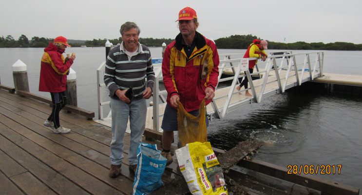 CLEAN UP VOLUNTEERS: Peter Madden and Stephen 'Scuba' Howell.