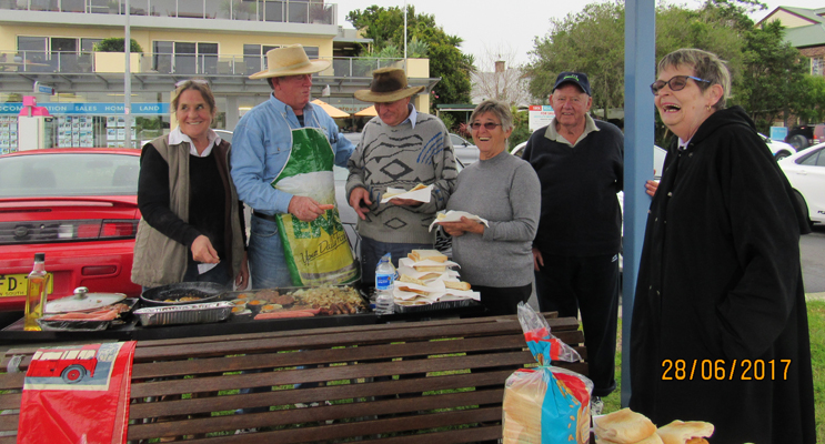 VOLUNTEER COOKS: Myall River Clean-Up.